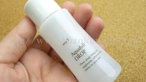 RF28のアクアフルドロップは保湿化粧水なのですが、使用順序としては美容液の後の一番最後です。
