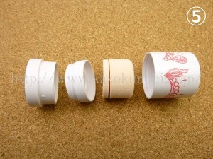 バニティボックス11月分に入っていたフェアリードロップススのBBクリームを分解しているところ。スポンジを洗濯してみます。