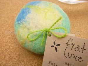 fiat Luxe(フィアットルークス)はフェルトソープ。石鹸のまわりにフェルトを巻きつけた…的な。