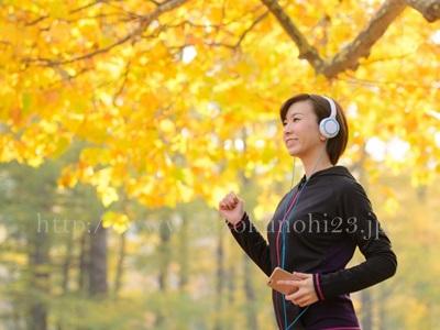 化粧のりが驚くほど良くなる!キメを整えるスキンケア方法、新陳代謝を良くするためにストレッチやジョギングなどをとりいれましょう。