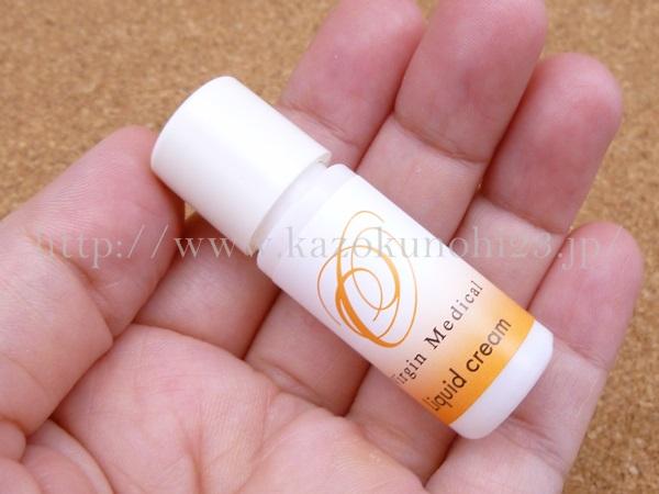 オゾン化粧品保湿クリームの他にリキッドクリームなるものが販売されていました。美容液よりも濃厚なようです。