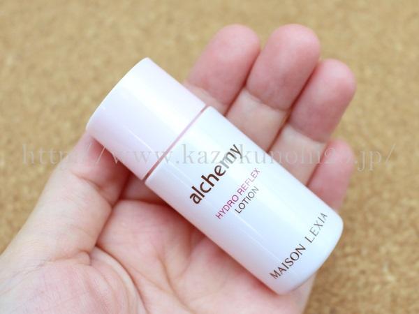 酵母系スキンケアのプレエイジングケア基礎化粧品Alchemy(アルケミー)で販売されているアルケミーハイドロリフレックスローション化粧水の肌なじみや質感をチェックして写真付きで口コミ報告します。