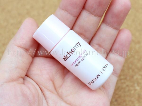 プレエイジングできる酵母スキンケアのアルケミー化粧品のハイドロリフレックスディープセラム美容液の使い方を口コミ報告していきます。