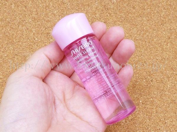 資生堂 ホワイトルーセント ルミナイジング インフューザー 25mLは、美白化粧水のこと。