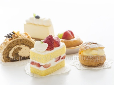 何気なく口にしているケーキやお菓子などに含まれるトランス脂肪酸は、インフラメイジングを引き起こす食べ物だったりします。