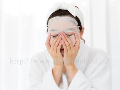 さらなる潤いのためにプラスしたいアイテムとして、フェイスマスクがあります。スペシャルケアとしても◎