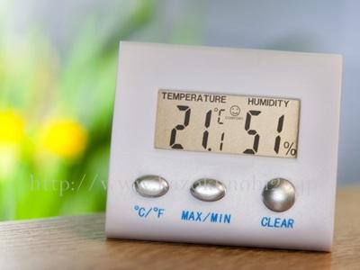冬の乾燥肌対策には、湿度管理が重要です。