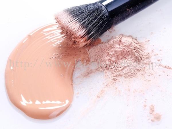 美容オイル使い方として、メイクアップ製品にまぜる方法があります。
