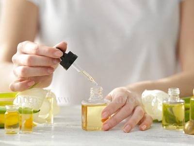 抜群の保湿効果を持つ美容オイルは、乾燥肌対策にも有効です。