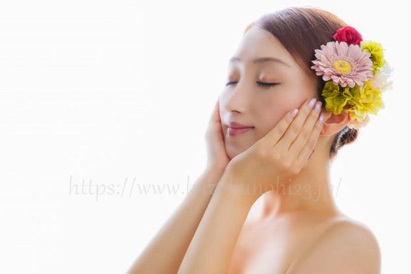 ニキビ肌も化粧水でしっかり水分補給を