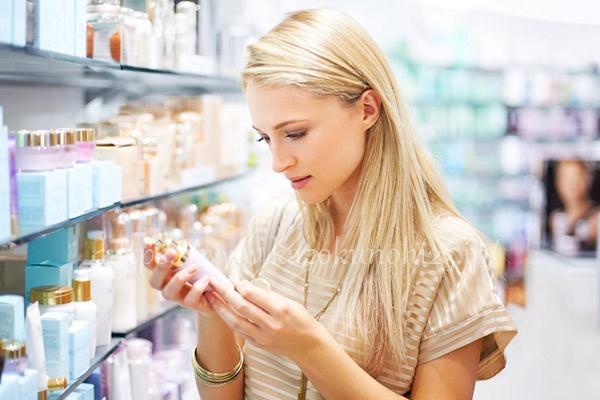 ポイントは3つ!シミを解決する美白化粧水の選び方
