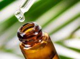 美容オイルは保湿効果だけじゃない!ニキビやシミ・シワなどの改善に効果的!