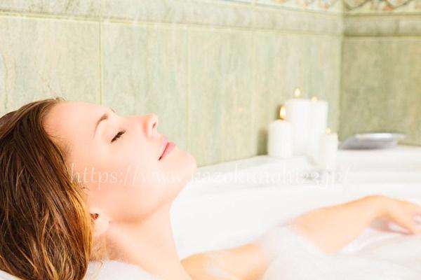 クレンジング・洗顔・入浴時は熱すぎるお湯を顔につけないように!
