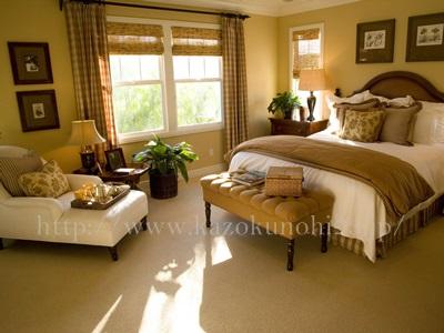 保管場所と使用期限に注意することが大切な美容オイル。この部屋なら窓際を避けるほうが良さそうです。