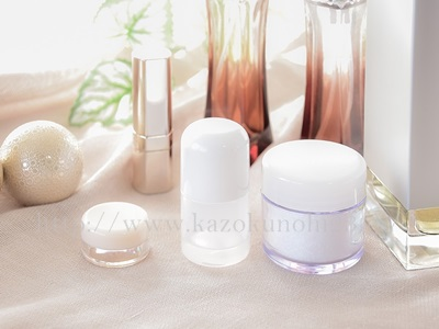 美白成分は目的に合わせて選ぶのが大事。化粧水タイプ・美容液タイプ・クリームタイプ・ジェルタイプなどが存在します。