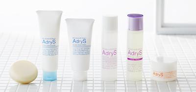 大正製薬のアドライズスキンケア。化粧水+保湿クリームというシンプルなケアが注目されています。